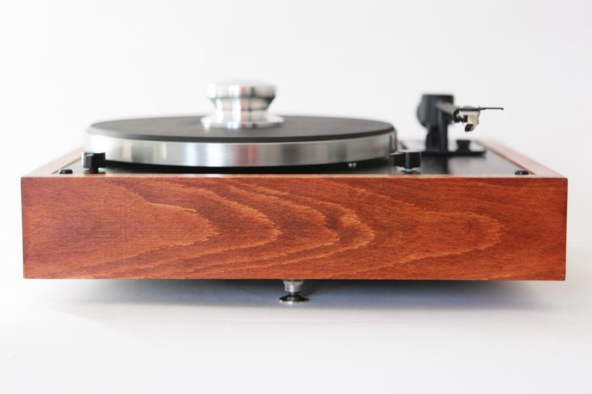 thorens td 146 monoment vintage turntables store. Black Bedroom Furniture Sets. Home Design Ideas