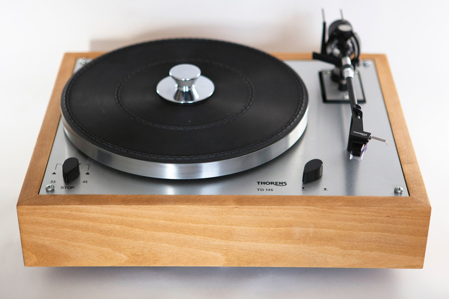 Thorens TD 146 | Monoment Vintage Turntables Store
